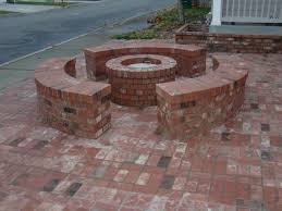 cool brick patio designs with fire pit ideas
