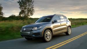volkswagen 2017 volkswagen tiguan limited means limited features at a low price