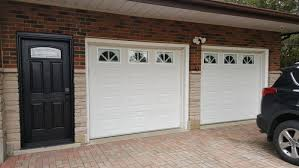 advice on paint colour for garage doors