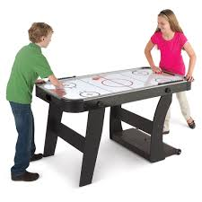 Games To Play At Your Desk by It U0027s All Fun And Games At Your Next Family Gathering Hammacher
