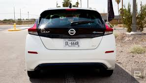 nissan canada leaf 2018 nissan u0027s 2018 leaf is a smarter longer lasting ev