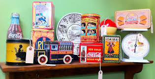 kitchen collectibles collecting 1930s 1940s 1950s kitchen tins pinup antiques