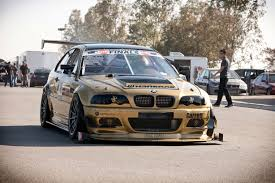 bmw m3 loses drivetrain front lip spoiler during time attack