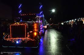 parade of lights chico photos oroville week of 12 12 2016 oroville mercury register