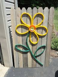 Garden Fence Decor Stupendous Diy Fence Decorations To Add Life And Color To Your Yard