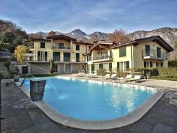 it4032 luxury residence featuring 9 homes with large pool