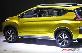 mitsubishi expander seat mitsubishi xm2 2017 production version caught being tested in
