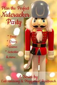 Nutcracker Ballet Christmas Decorations by Best 25 Nutcracker Decor Ideas On Pinterest Nutcracker