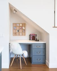 Built In Bookshelves With Desk by The 25 Best Built In Desk Ideas On Pinterest Home Study Rooms