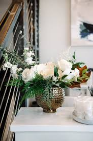 weekly flower delivery lace and lilies weekly flower delivery