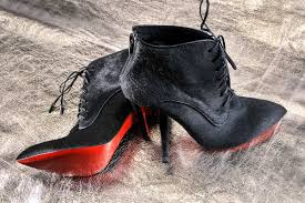the story behind the king of red soles christian louboutin