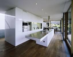 cuisine minimaliste design 73 idées de cuisine moderne avec îlot bar ou table à manger