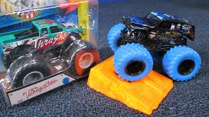 youtube monster truck jam 2016 color treads and 2015 new thrasher wheels monster jam