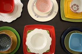 a mismatched dinnerware strategy merrypad