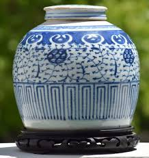 antique chinese blue white ginger jar w lid late qing dynasty
