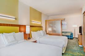 two bedroom suites near disneyland springhill suites anaheim near disneyland hotel amenities hotel