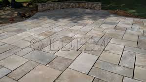 Irregular Stone Patio Stone Patios Landesign Hardscapes And Masonry