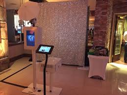 photo booth setup qube booth setup with social media station yelp