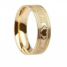 mens claddagh ring men s 10k 14k gold claddagh wedding ring