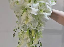 white wedding bouquets white wedding bouquet flowers best of free cceadefdaebab in white