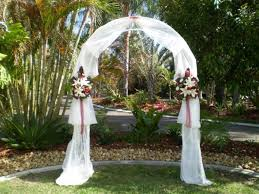 how to decorate a wedding arch decorating wedding arches with tulle wedding decoration ideas