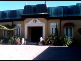 zsa zsa gabor s bel air mansion youtube the world famous home of zsa zsa gabor prince frederic in bel air