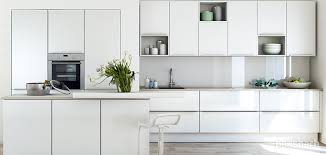 glaspaneele küche 1002 d14 grifflose designküche mit farbigen highlights dassbach