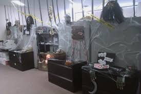 How To Make Halloween Decorations At Home Halloween Office Decorating Ideas U2013 Scary Halloween Decoration