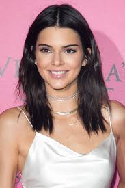 shoulder length 33 best medium hairstyles celebrities with shoulder length haircuts