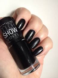 maybelline color show vinyl u2013 black to the basics u2013 painted nails