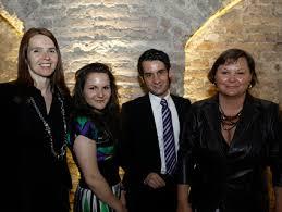 Das Team von lawyers \u0026amp; more: Sabine Haiderer, Sophie Hochwarter, Ingo Dieter Joham und Susanne Hochwarter (von links nach rechts). - Bild_8