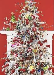 themed christmas santa s circus themed christmas tree this tree is packed with
