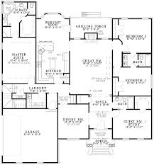 split bedroom floor plans classic split bedroom design 59174nd architectural designs