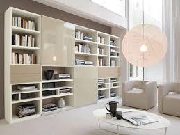 soprammobili per soggiorno gallery of scaffali da soggiorno usi e stili pi moderni