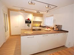 küche einbauen quartzstein 12mm bora basic hochschränke eingebaut küche