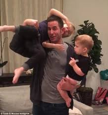 flip or flop stars tarek and christina el moussa split flip or flop s tarek el moussa says he s the luckiest man alive