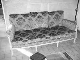 rénovation canapé tissu habillage tissus siège relooking tapisserie réparation fauteuil
