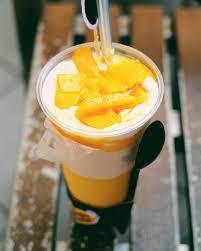 Mango Bomb 7 jus mangga di jakarta yang menyegarkan dan lagi hits nibble