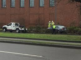 car crashes into hedge near university of oregon campus on