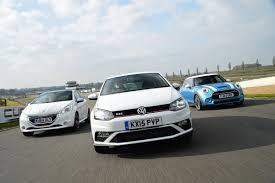 volkswagen mini cooper vw polo gti vs mini cooper s u0026 peugeot 208 gti auto express