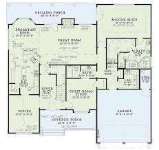 craftsman style house plan 4 beds 3 00 baths 2481 sq ft plan 17