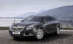 vauxhall insignia diesel 4x4 available in the uk photos 1 of 8