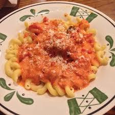 Olive Garden Five Cheese Marinara - five cheese marinara sauce on cavatappi pasta with chicken meatballs