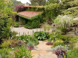 hã lle design beautiful garden at gorgeous interior design of house halle berry