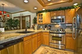 kitchen paint ideas oak cabinets kitchen colors with oak cabinets kitchen remodeling ideas oak