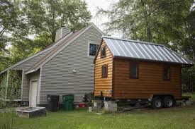 tiny house u0027 movement grows through cracks in city rules