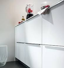 poignee porte cuisine design poignee porte de cuisine poignace de porte de placard de cuisine