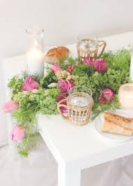 a fresh flower table runner diy u2014 a fabulous fete