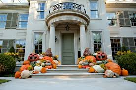 front porch decorating ideas 16 spooky front porch decorating ideas for halloween style motivation