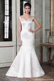 the shoulder wedding dress 8724 by justin wedding dresses www guidesforbrides